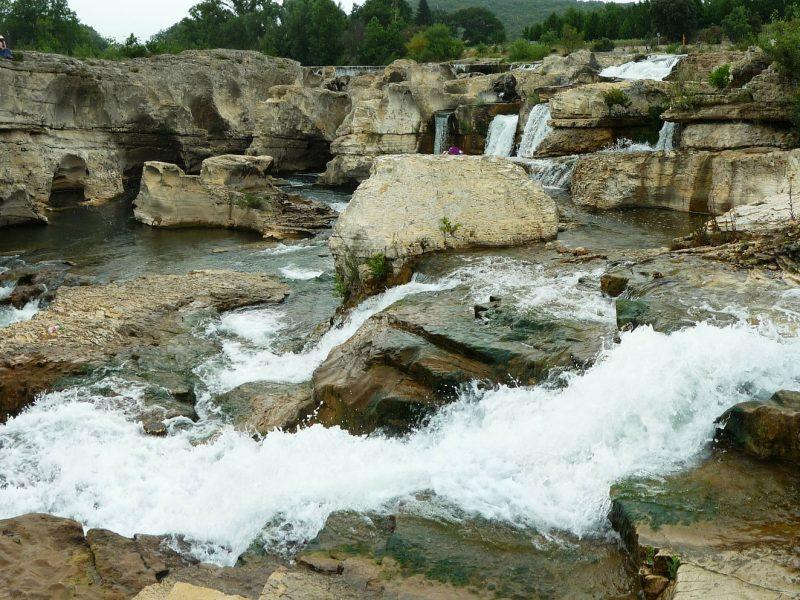 cascade-of-174784_1920-1.jpg